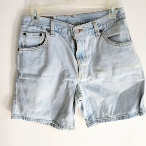 Levis Mom Jean Shorts Women's Size 6 High Rise